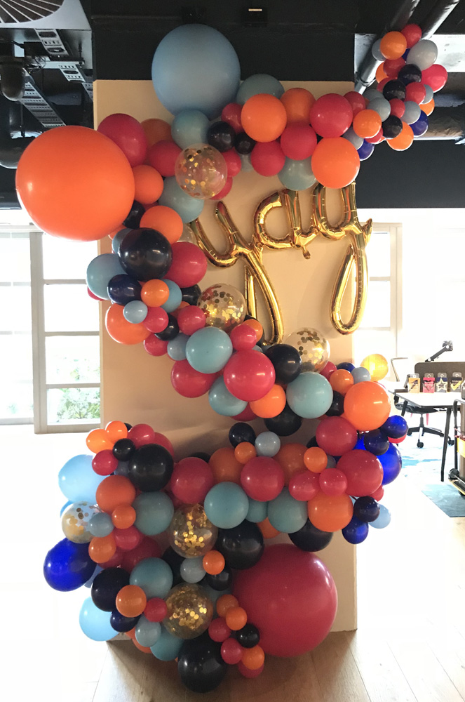Balloon decorations decorators auckland champers party shop balloon decorations auckland junglespirit Choice Image